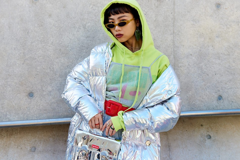 https_hypebeast.comwp-contentblogs.dir6files201810seoul-fashion-week-street-style-snaps-2018-187