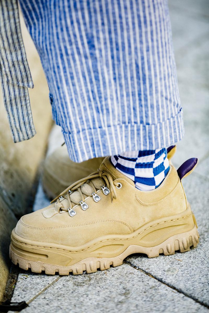 sneaker-street-style-seoul-fw-ss19-03-800x1200